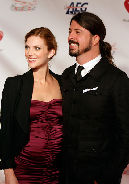 Dave Grohl and Jordyn Blum - 2009 MusiCares Person Of The Year Honoring Neil