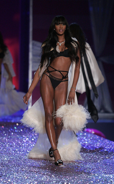 Naomi Campbell Model Naomi Campbell walks the runway at The Victoria's Secret Fashion Show at the 69th Regiment Armory November 9, 2005 in New York City.