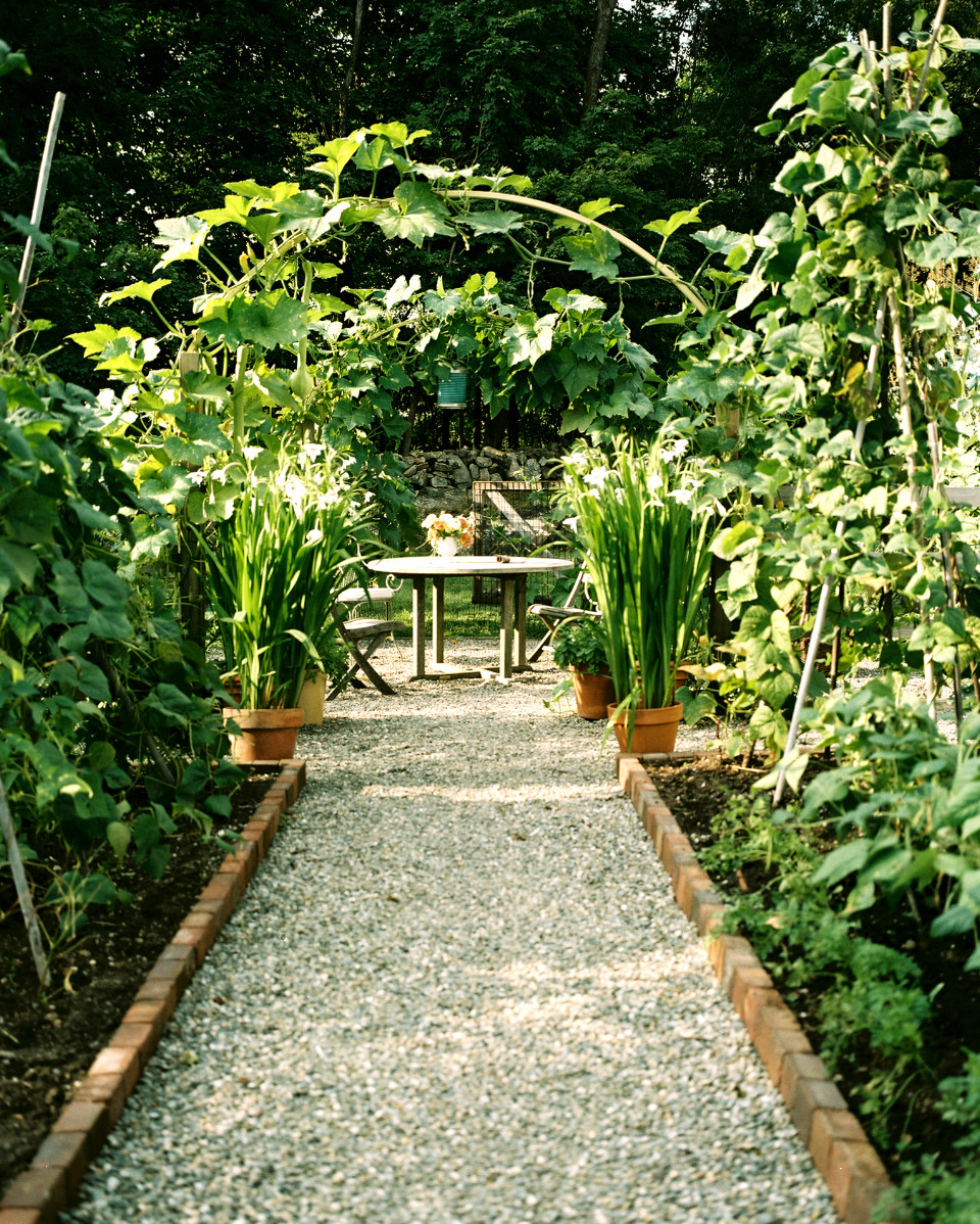 Garden Path Photos, Design, Ideas, Remodel, and Decor - Lonny on Patio And Path Ideas  id=15089