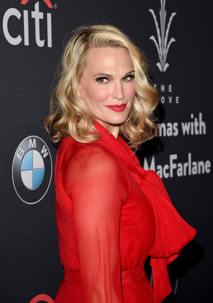 Molly Sims Short Curls Short Hairstyles Lookbook