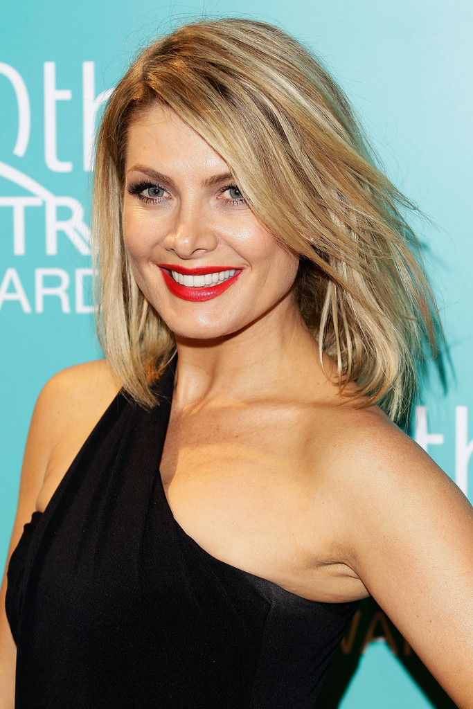 Natalie Bassingthwaighte Side Swiped Bangs Shoulder