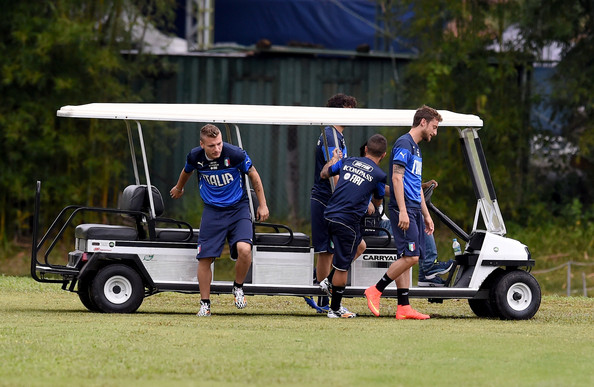 (L-R) Ciro Immobile, Lorenzo Insigne and Claudio Marchisio of Italy arrive at training camp on June 10, 2014 in Rio de Janeiro, Brazil.