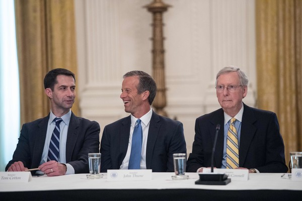 Mitch McConnell Tom Cotton Photos Photos - Trump Invites ...