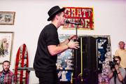 Nick Jonas performs during a Pop Up Performance at Peter Tunney Gallery on September 10, 2014 in New York City.