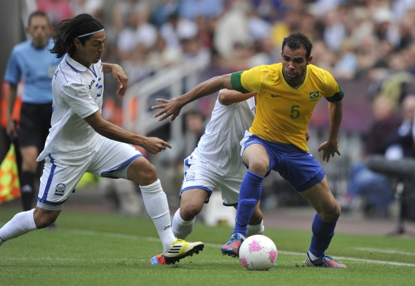 Roger Espinoza and Sandro Photos Photos - Zimbio