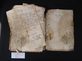 Llibre de la comptadoria d'hipoteques de Sort abans de la restauració