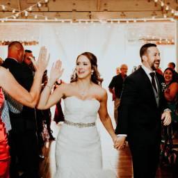 mariée high five témoin