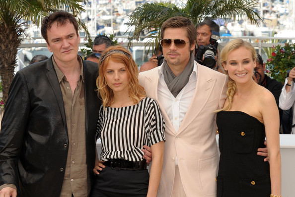 https://i1.wp.com/www3.pictures.fp.zimbio.com/Inglorious+Bastards+Photocall+Cannes+Film+RvlwOuObOHBl.jpg