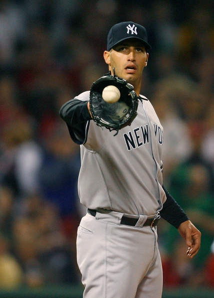 Andy Pettitte #46 of the New York Yankees prepares to throw against the Boston Red Sox at Fenway Park April 26, 2009 in Boston, Massachusetts. (Photo by Jim Rogash/Getty Images) *** Local Caption *** Andy Pettitte