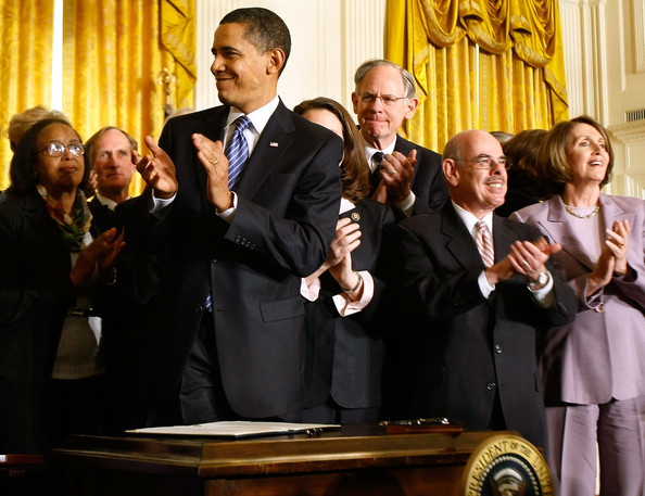"U.S. President Barack Obama (C) applauds after signing an Executive Order reversing the U.S. government's ban on funding stem-cell research during a ceremony with (R-L) Speaker of the House Nancy Pelosi (D-CA), House Energy and Commerce Committee Chairman Henry Waxman (D-CA) and Rep. Mike Castle (R-DE) in the East Room of the White House March 9, 2009 in Washington, DC. Obama also signed a Presidential Memorandum pledging that the new administration ""base our public policies on the soundest science; that we appoint scientific advisors based on their credentials and experience, not their politics or ideology.""  (Photo by Chip Somodevilla/Getty Images) *** Local Caption *** Barack Obama;Nancy Pelosi;Mike Castle;Henry Waxman"