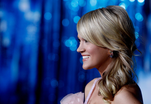 Carrie Underwood in World Premiere of Disney's