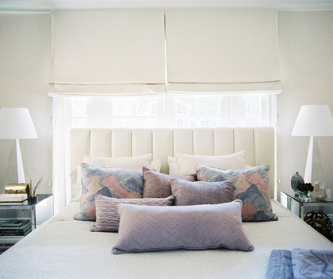 Ways To Arrange Bed Pillows Photos 15 Of 57