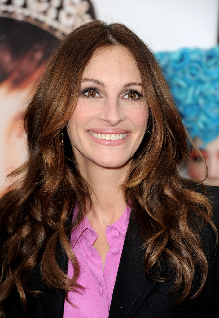Julia Roberts Long Wavy Cut Julia Roberts Long