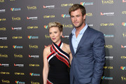 Actors Scarlett Johansson (L) and Chris Hemsworth attend the 2015 G'Day USA GALA featuring the AACTA International Awards presented by QANTAS at Hollywood Palladium on January 31, 2015 in Los Angeles, California.
