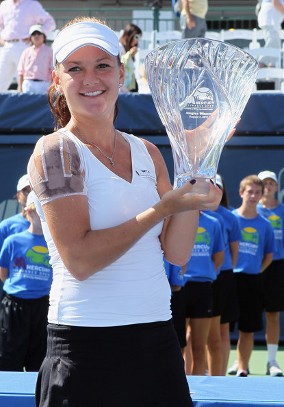 Agnieszka Radwanska - Mercury Insurance Open presented by Tri-City Medical - Day 7