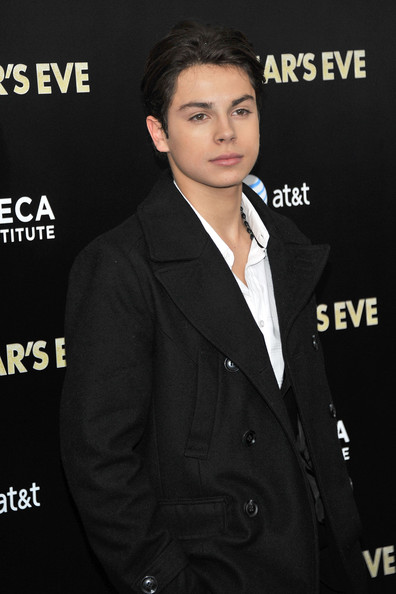 Jake t austin photo quot new year s eve quot new york premiere inside