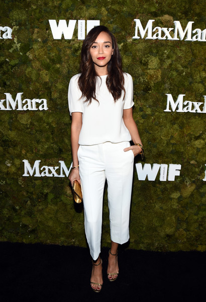 https://i1.wp.com/www3.pictures.zimbio.com/gi/Max+Mara+Celebrates+Kate+Mara+2015+Women+Film+2Jq9xcoaE4Cl.jpg