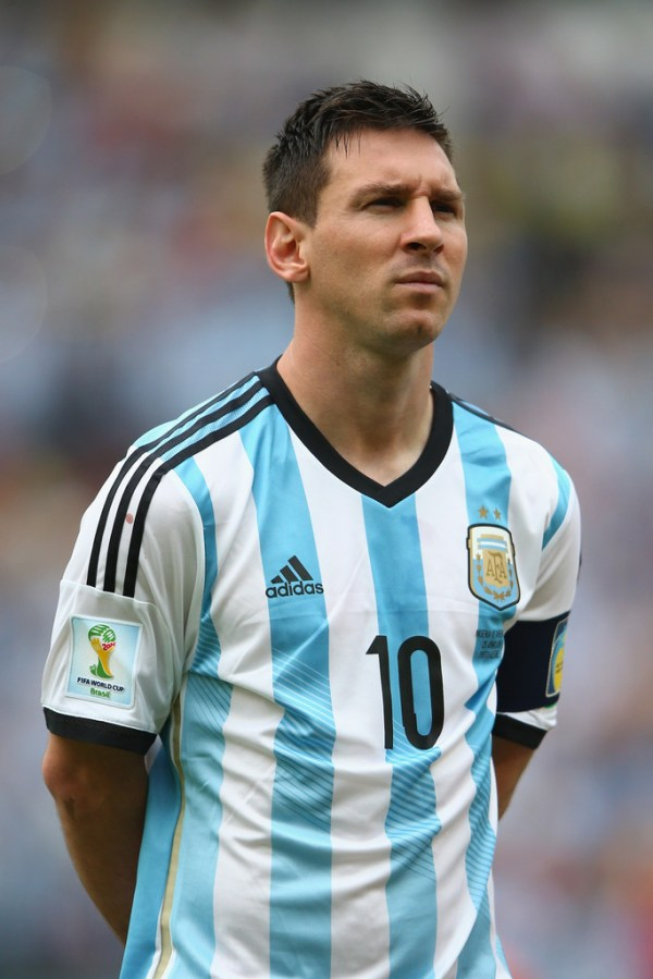 Lionel Messi Photos - Nigeria v Argentina: Group F - 5913 ...
