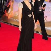Kate Winslet Stuns in Jenny Packham at the World Premiere of 'Titanic: 3D' at Royal Albert Hall in London, England - SNAG THE LOOK
