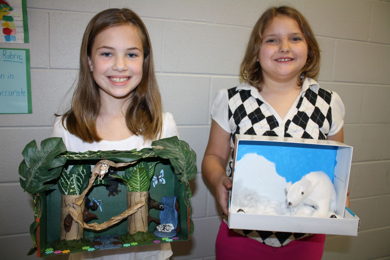 Monticello Elementary Students Enjoy Learning Social Stu S And Science By Creating Dioramas