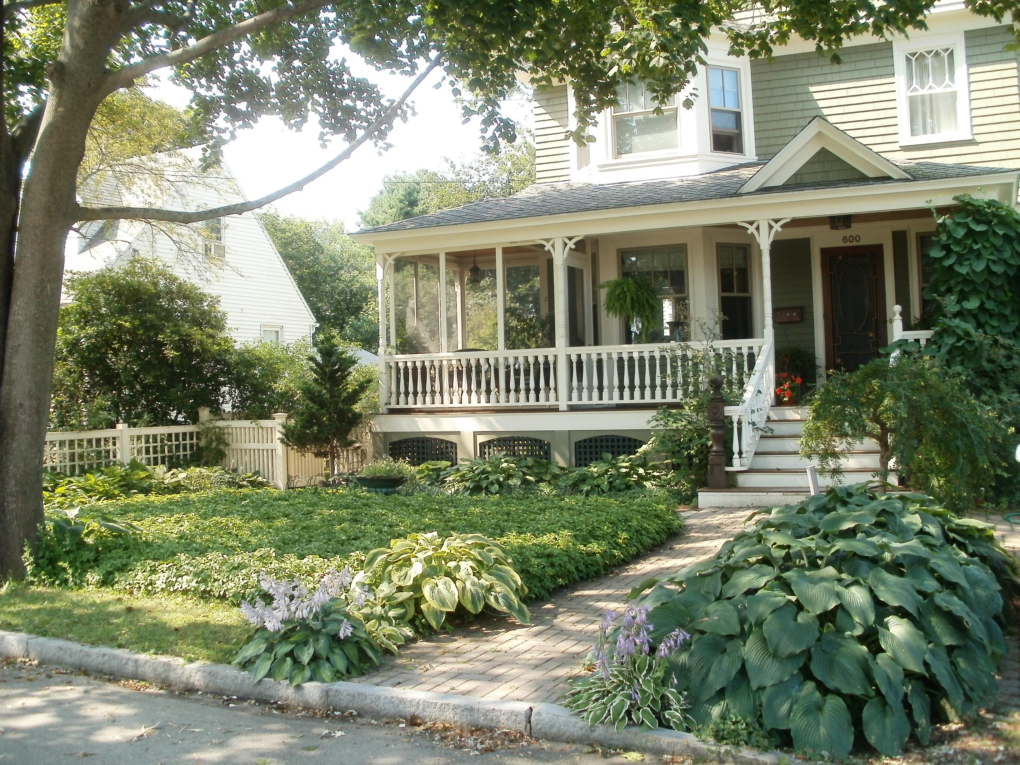 Low Maintenance Lawn and Landscape | We're for Water on Low Maintenance:cyizg0Gje0G= Backyard Designs  id=28295