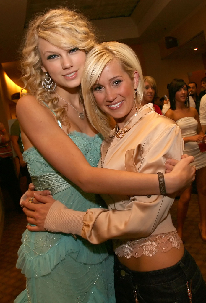 Kellie Pickler Taylor Swift Photos Photos 2007 ACM New