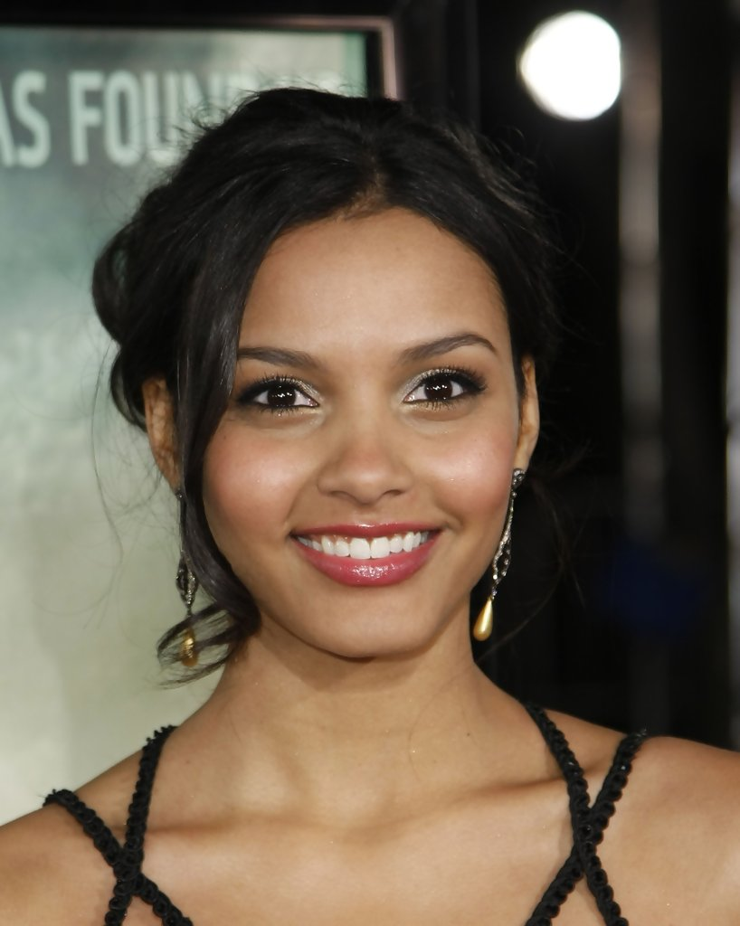 Jessica Lucas Photos Photos Los Angeles Premiere Of