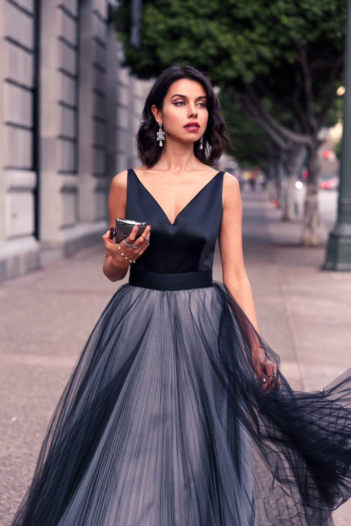 Black And Gray Classy And Glam New Years Eve Outfit