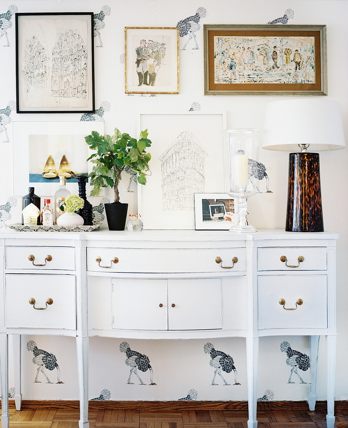 White Sideboard Photos Design Ideas Remodel And Decor