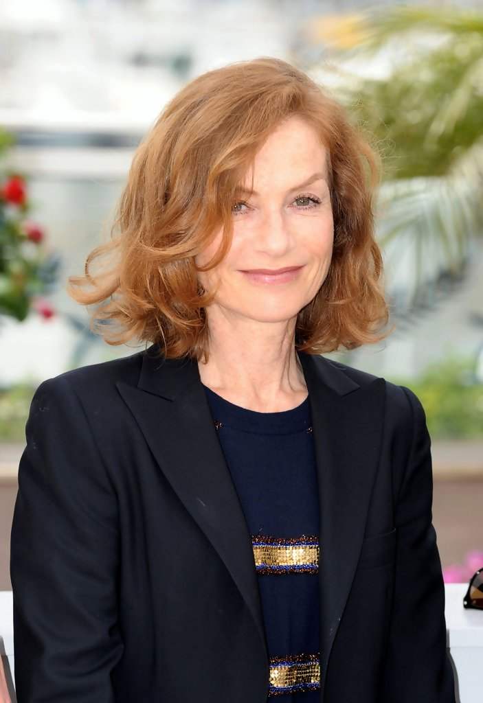 Isabelle Huppert Curled Out Bob Isabelle Huppert Hair
