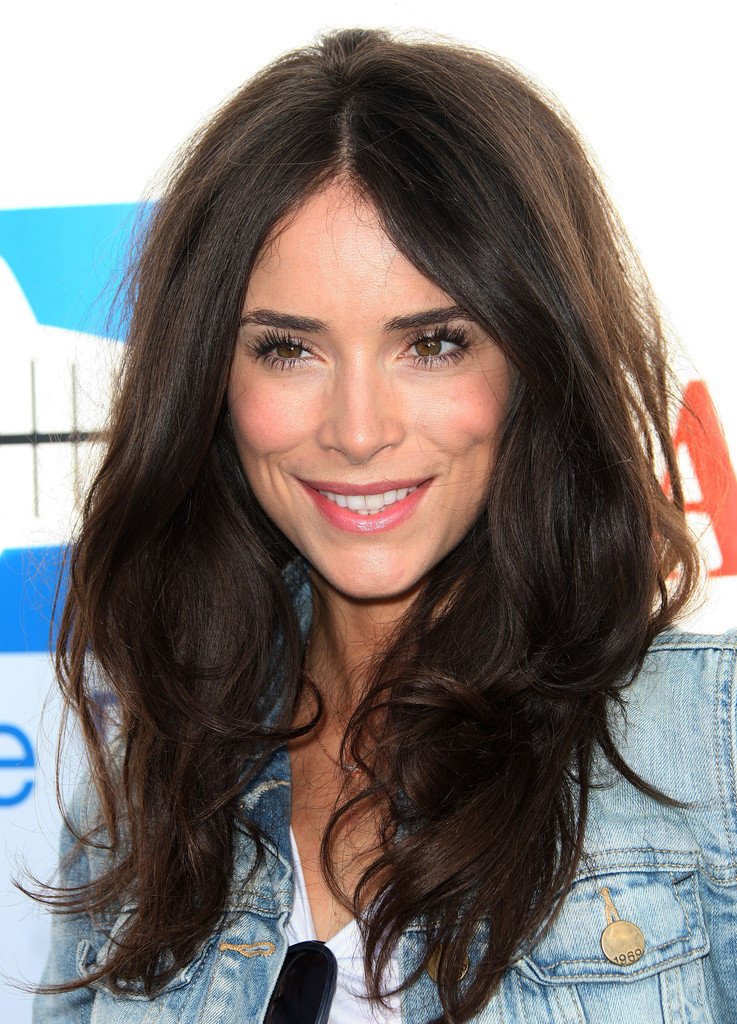 Abigail Spencer Layered Cut Abigail Spencer Looks