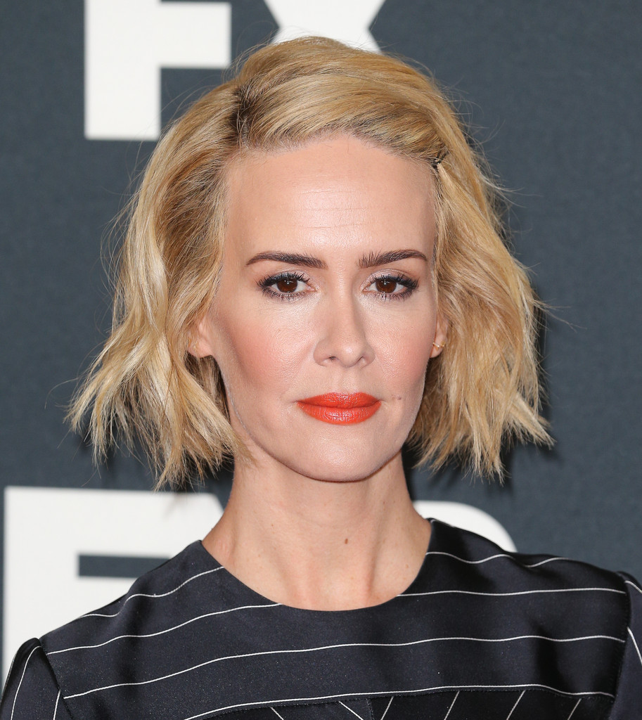 Sarah Paulson Short Wavy Cut Short Hairstyles Lookbook
