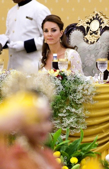 Kate Middleton - Will and Kate Dine in Malaysia