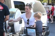 Singer and Actress Hilary Duff takes her son Luca grocery shopping at Ralph's on Valentine's Day in Beverly Hills, California on February 14, 2015. Hilary bought some Valentine's cupcakes, are those for her estranged husband Mike Comrie or for another guy?
