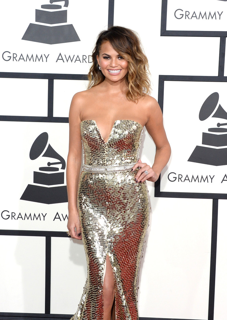 https://i1.wp.com/www4.pictures.zimbio.com/gi/56th+GRAMMY+Awards+Arrivals+IgrGPJ2DU1Ux.jpg?resize=729%2C1024