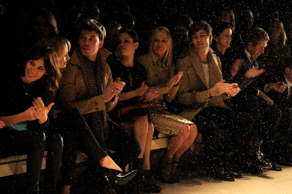 Alexa Chung - Burberry Prorsum Front Row - LFW Autumn/Winter 2011