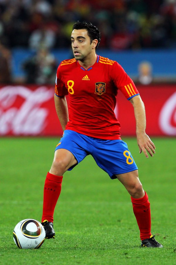 Xavi Hernandez Photos Photos - Germany v Spain: 2010 FIFA ...