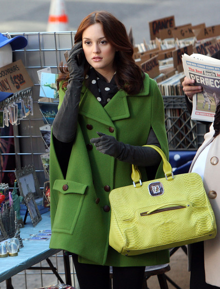 "Blair Waldorf Leighton Meester and other cast members film scenes for their hit television show ""Gossip Girl"", in Downtown Brooklyn. Leighton was spotted wearing quite the outfit, which included a Barneys New York double breasted, green coat, polka dot scarf, elbow length suede gloves and was carrying a Longchamp alligator skin bag."