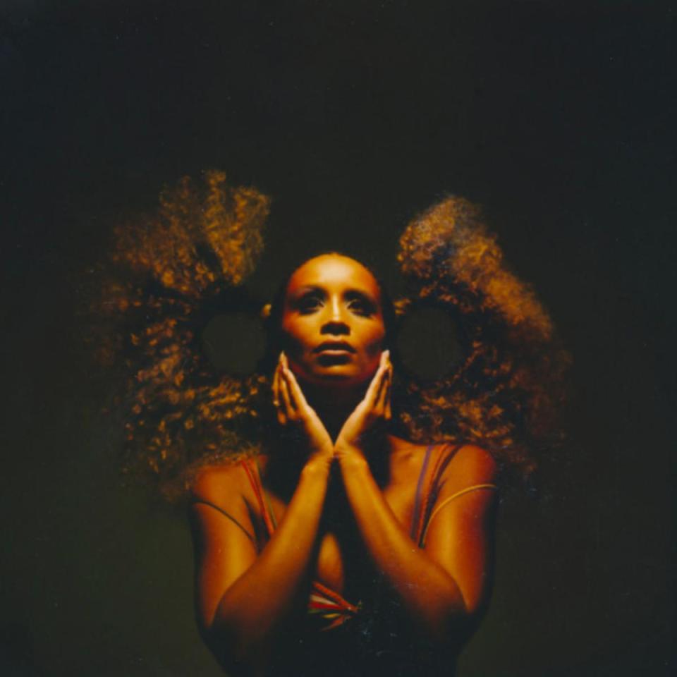 DOWNLOAD MP3: Lion Babe Ft. Trinidad James – Get Up