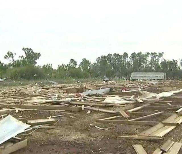 Consistent Pattern Of Straight Line Wind Damage In Sampson Couny Nws Says Wral Com