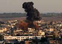 Un sito di Hamas colpito da un attacco aereo israeliano