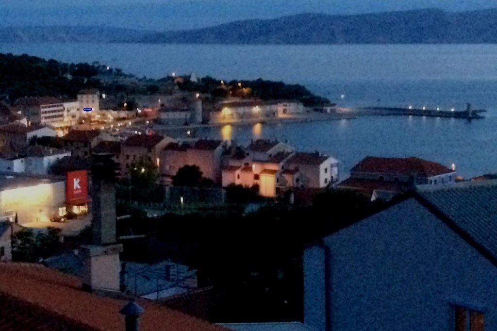 Senj at night
