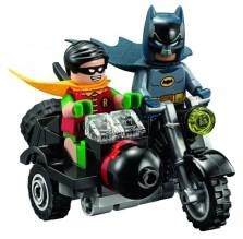 lego-batman-1966-batcycle-600x588