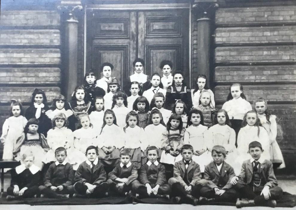 Wymondham Primitive Methodist Christian Endeavour Group 1901