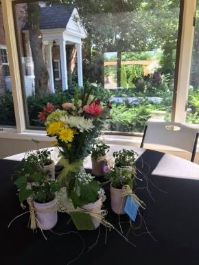 centerpieces with windows house