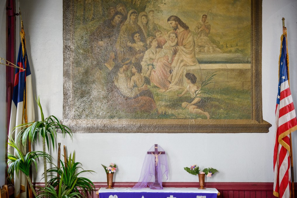 An altar in the fellowship hall of St. Thomas Lutheran Church, Baltimore, on Saturday, March 24, 2018. LCMS Communications/Erik M. Lunsford - The Wyneken Project