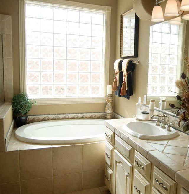 Bathroom Remodel | Wynn's Services | Cincinnati | Painting & Remodeling