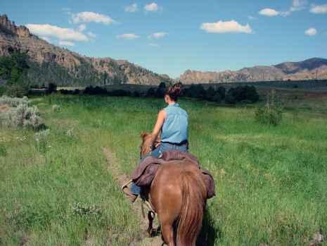 Horseback riding in Shoshone National Forest