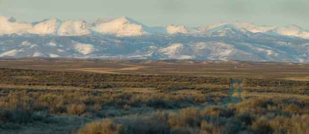 This undeveloped area south of Pinedale is seasonal home to some of the 2,000 grouse biologists want to protect with state regulations. It also the site of the proposed 3,500-well NPL gas field. (Angus M. Thuermer Jr./WyoFile)