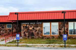 The IHS Arapahoe Health Center will become the Wind River Family and Community Health Center when the Northern Arapaho Tribe Assumes control via 638 contracting. (Matthew Copeland/WyoFile)